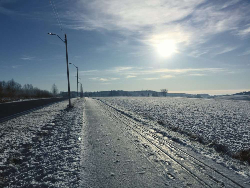 Icy winter roads for a Father's Day Run