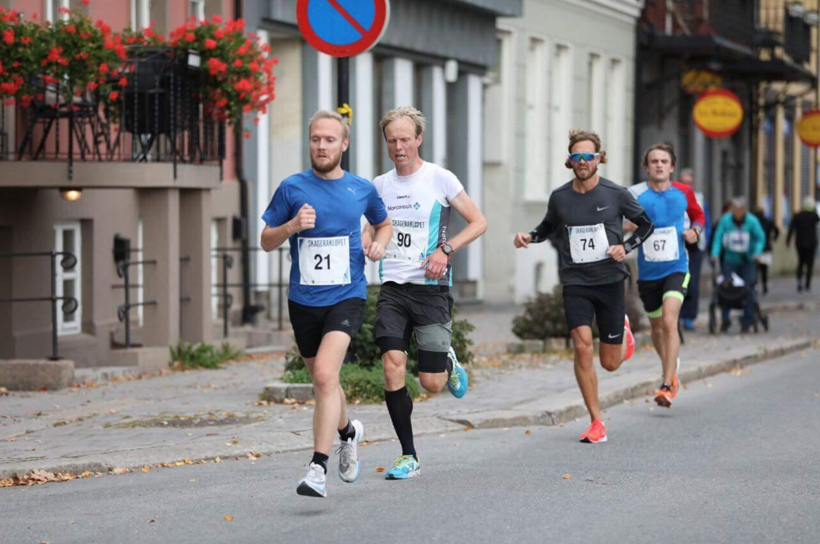 Four runners at Skagerakløpet half marathon 2018