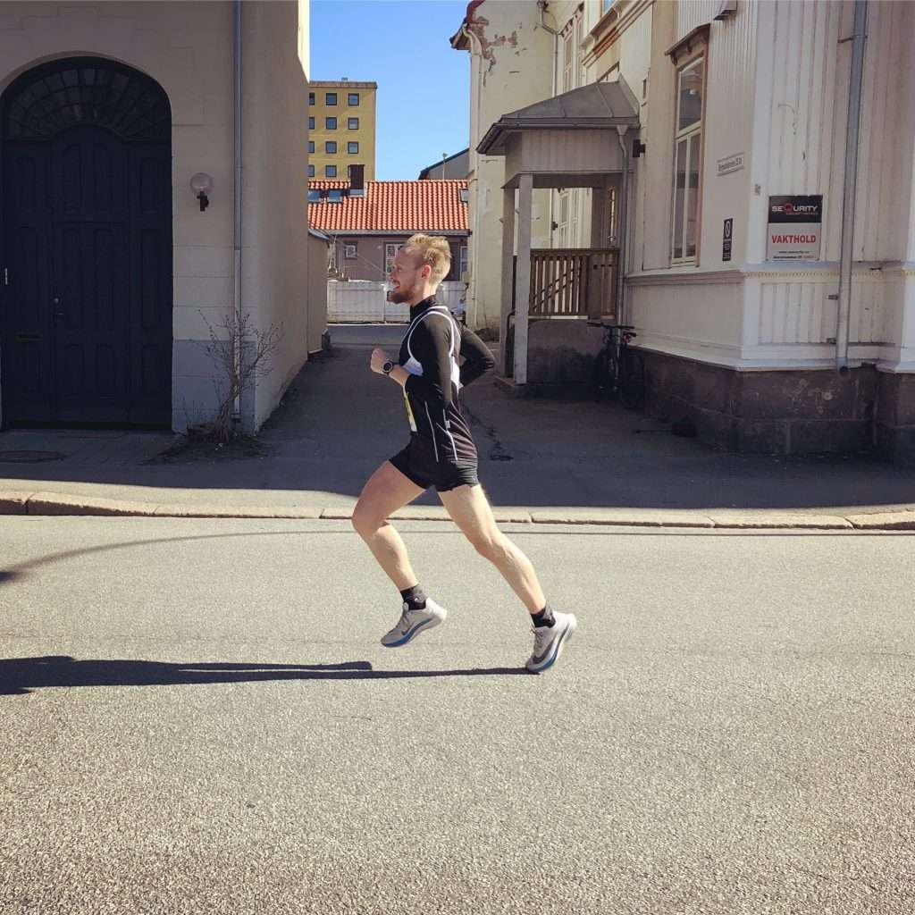 Runner on the last lap of Fredrikstadløpet Half Marathon 2019