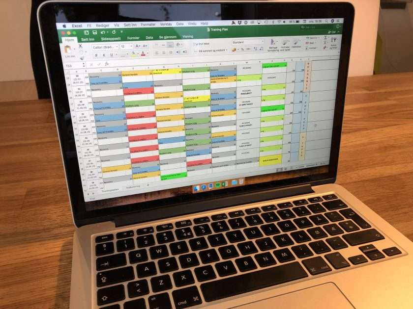 MacBook displaying a training plan