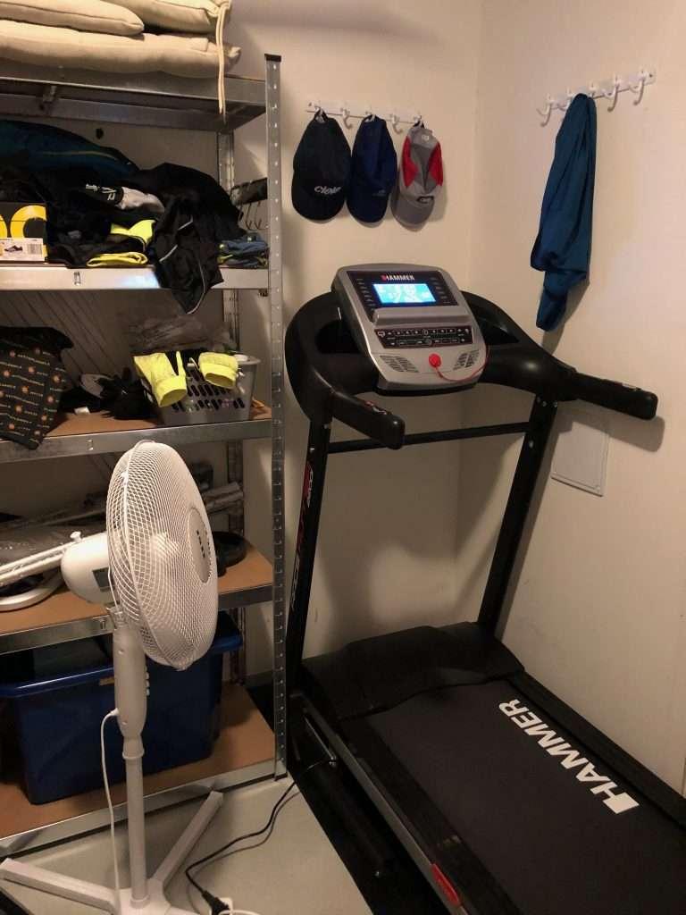 Treadmill and fa
